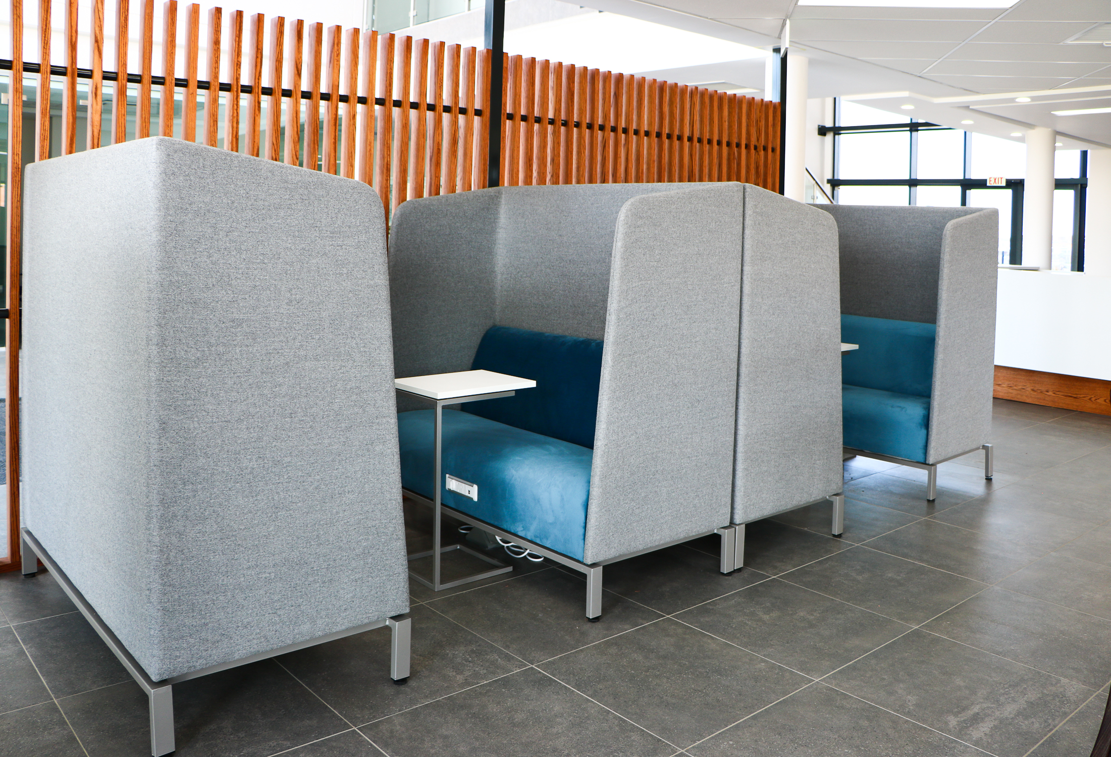 Cocoon Meeting Booth 2 Seater High Back Privacy Booth By